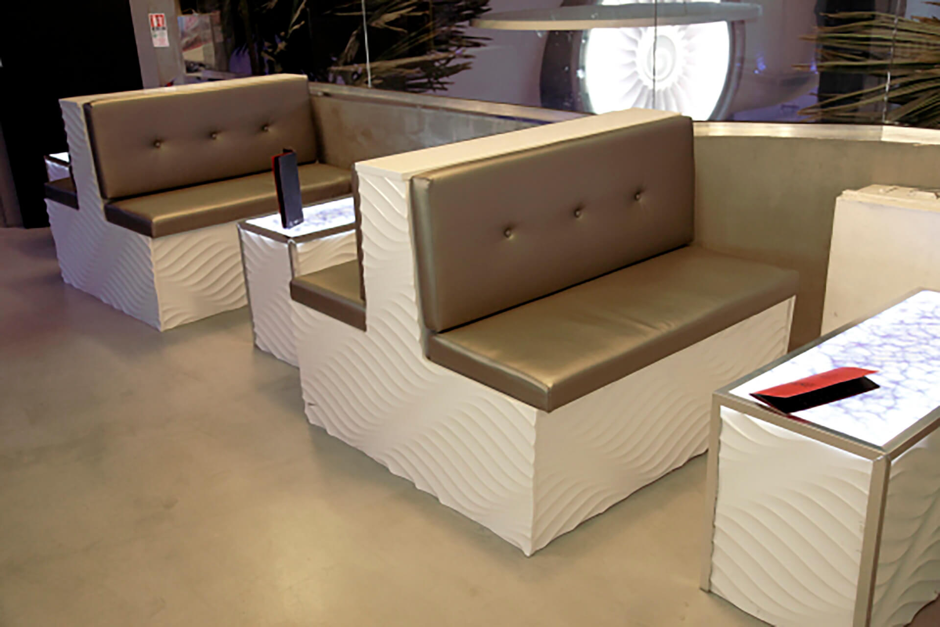 Gloss White - Full Twist Furniture